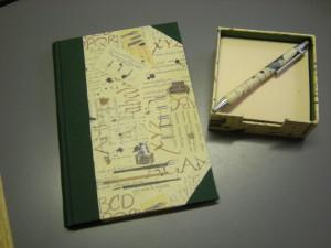 rubrica telefonica, portamemo e penna